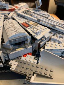 unbuilt lego millenium Falcon cockpit