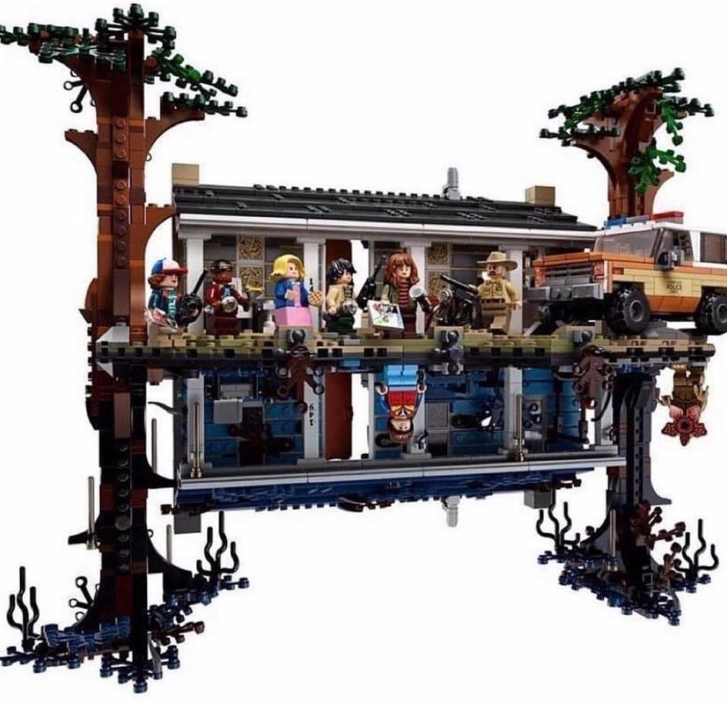 LEGO Stranger Things - Image of the set outside of the box, displaying the minifigures and the police SUV.