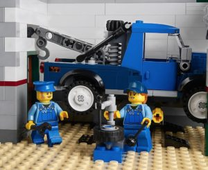 LEGO and Gender: Jo and her employee from Corner Garage