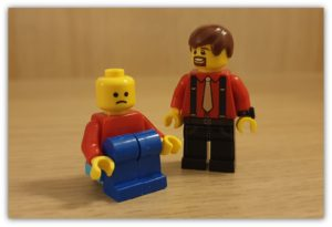 Increasing Movement in your LEGO Minifigures to Spice Up Your Photos