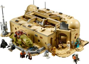 LEGO Mos Eisley Cantina: Recreating the Iconic Scene