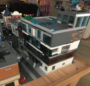 Assembling the LEGO Avengers Compound