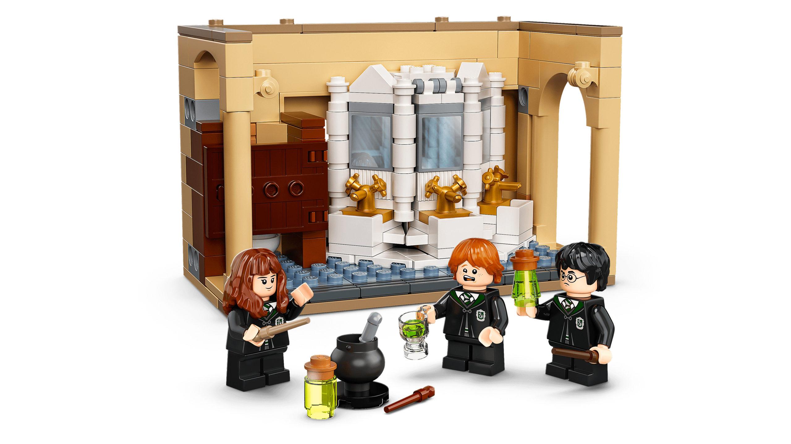 Polyjuice Trouble Hogwarts Set