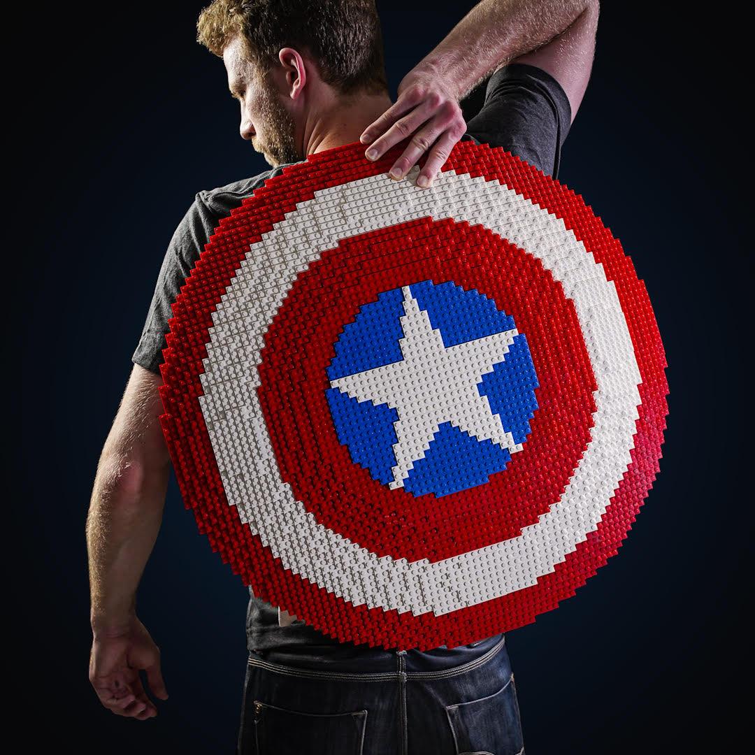 LEGO Captain America - Cap Shield 1